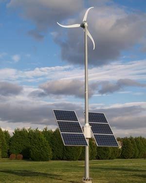 أنظمة طاقة الرياح والأنظمة الهجينة , منافس أم مكمل للطاقة الشمسية