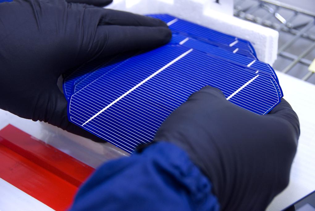 مصنع جديد للالواح الشمسية في مصر بسعة 100 ميجاوات