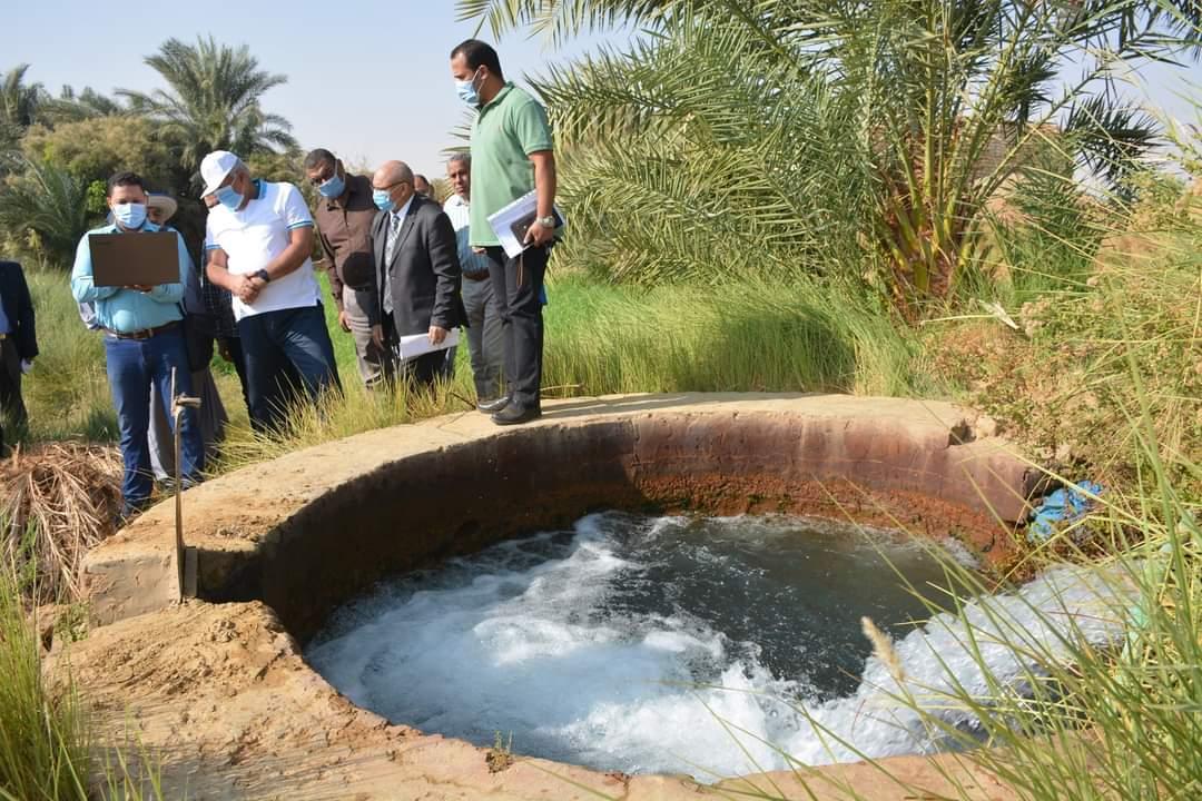 محافظة الوادي الجديد: تشغيل 85 بئرا بالطاقة الشمسية وتعميم الطاقة الشمسية بالمصالح الحكومية